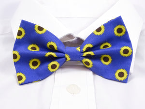 Sunflower Polka Pre-Tied Bow Tie (DISCONTINUED)