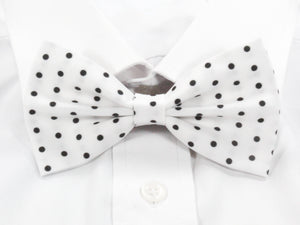 White with Black Polka Dots Pre-Tied Bow Tie (DISCONTINUED)