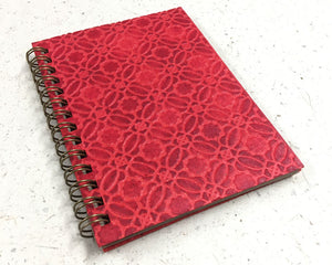 Small embossed notebook Circles Red
