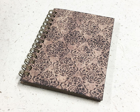 Small embossed notebook crowns brown