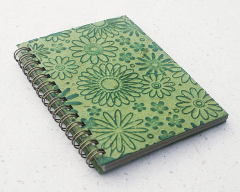 Small embossed notebook green flowers