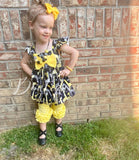 Giraffe bow peplum tank (runs big)