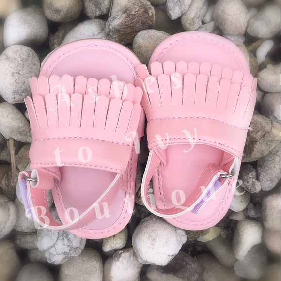 Light pink fringe sandal