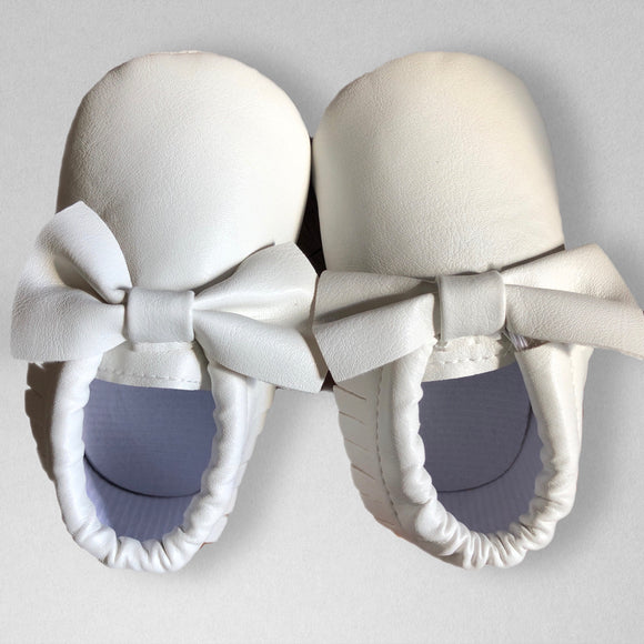 White soft sole moccs