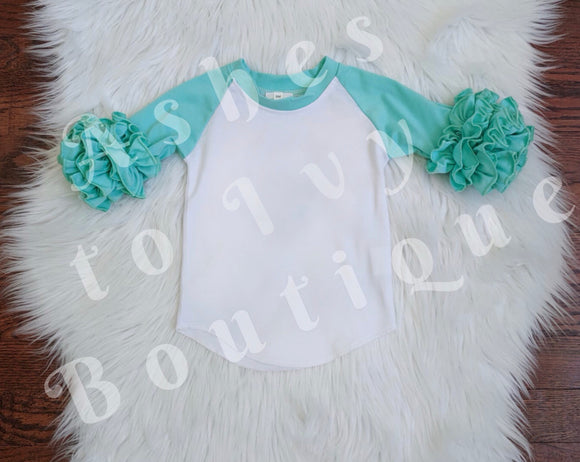 Mint 3/4 sleeve raglan