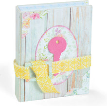 Sizzix Scoreboards - Eileen Hull - Tiny Book