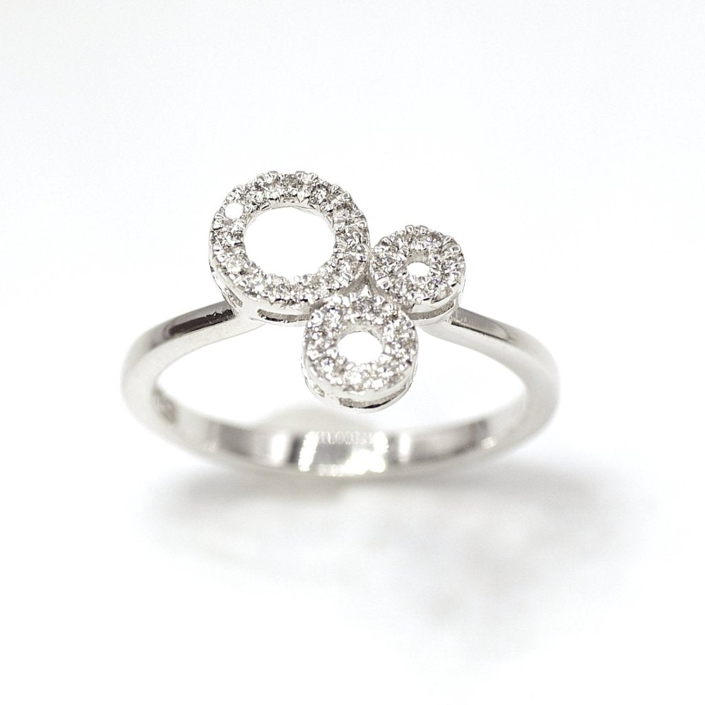 18k Trinity Diamond Ring