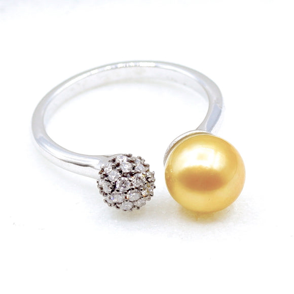 18k Diamond dome Pearl Ring - Eraya Diamonds