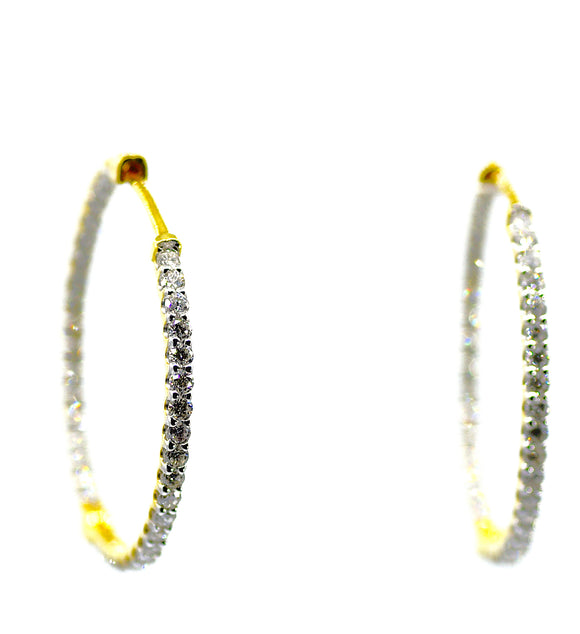 18K Splendor Diamond Hoops