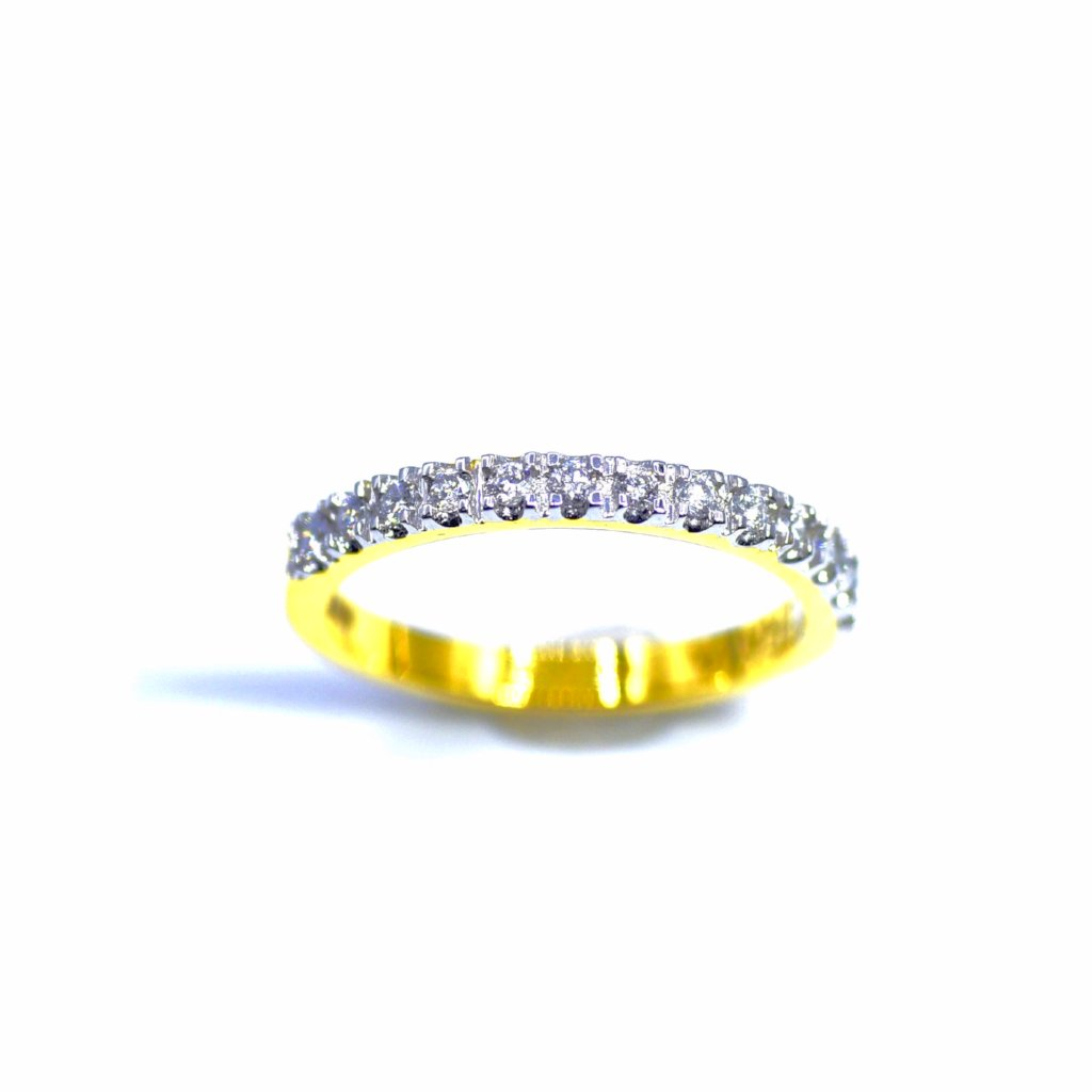 18K HALF ETERNITY DIAMOND BAND