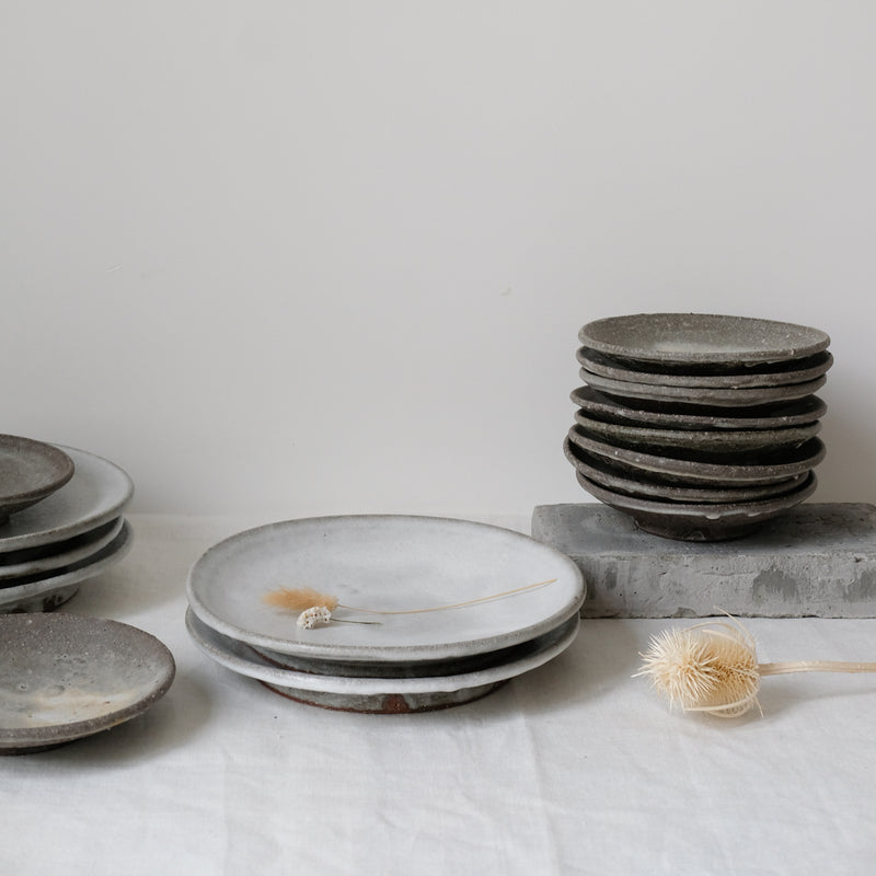Assiette faite exclusivement par Benoit Audureau pour Brutal Ceramics