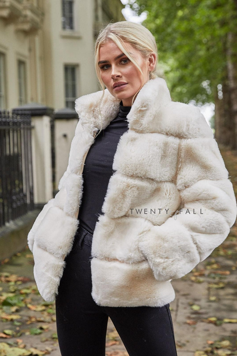 Faux Fur Lola Vanilla Coat