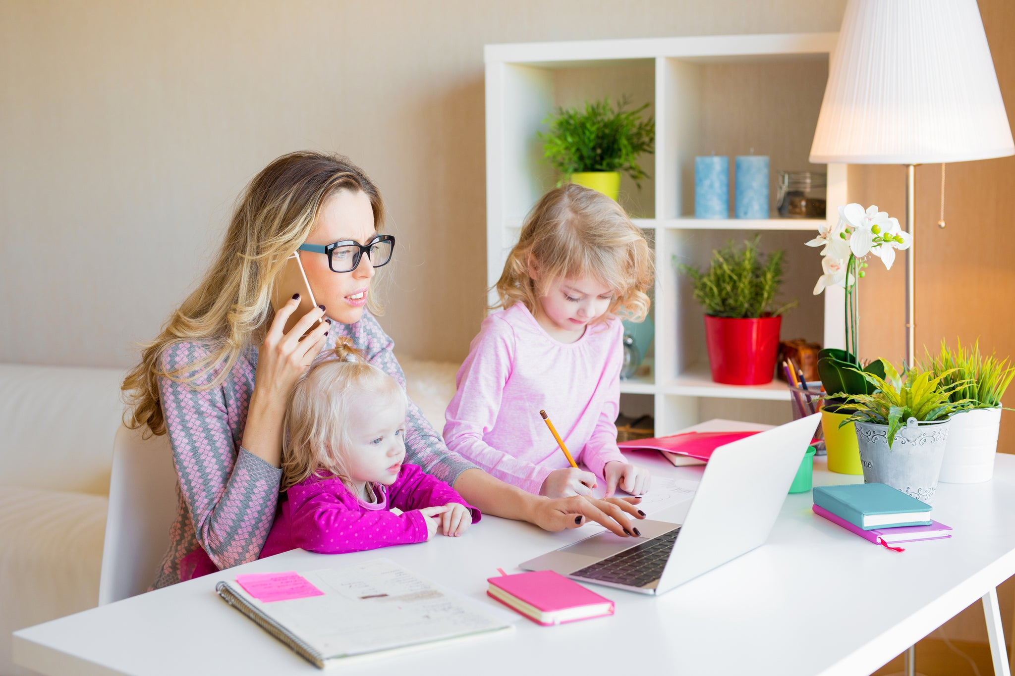 3 Ways to Be a Mompreneur and Still Be There for the Important Things