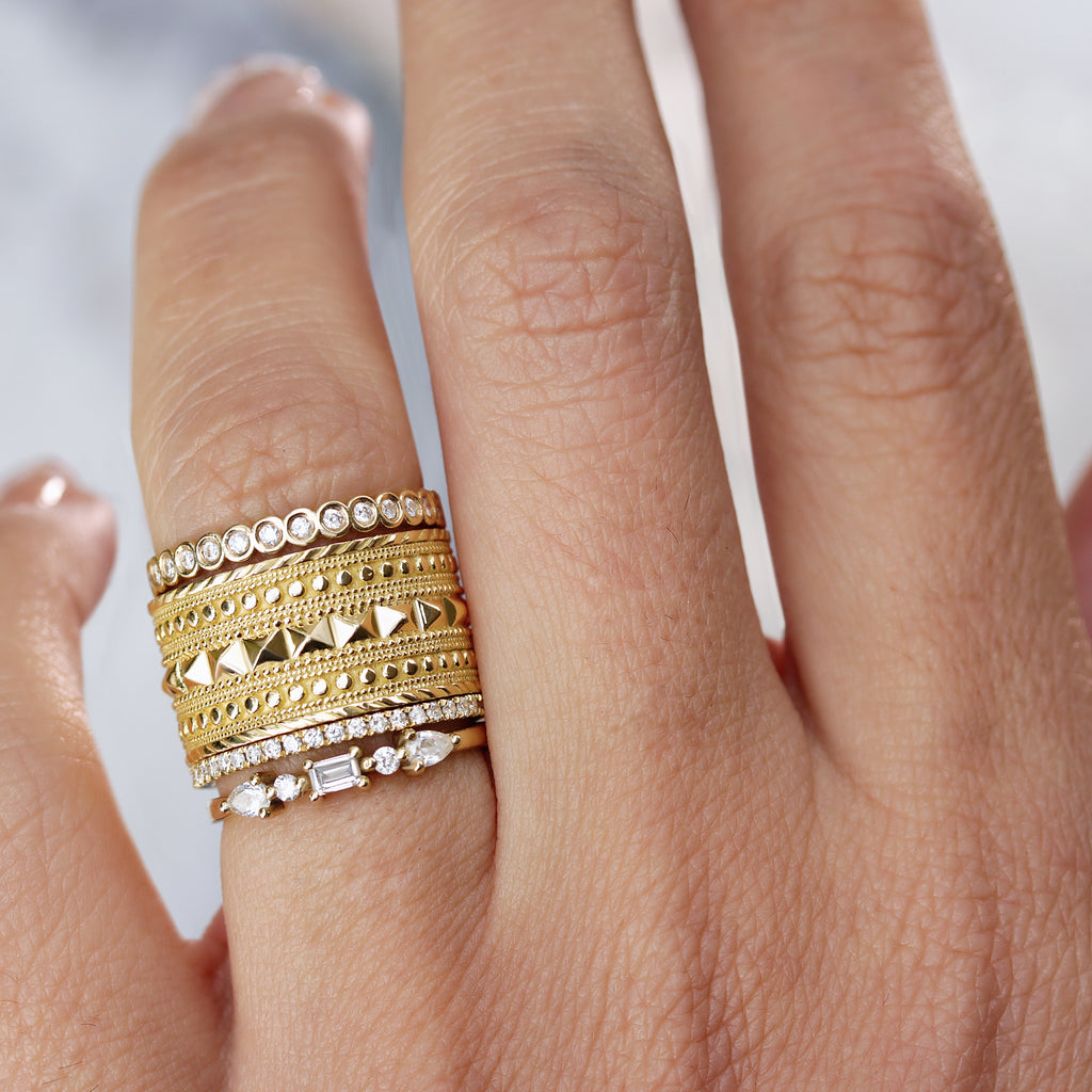 Textured Wide gold Wedding Ring, Cleopatra - sillyshinydiamonds
