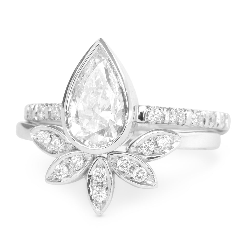 0.5ct Pear Diamond Minimal Engagement Ring & 5 Leaves Ring Wedding Ring Set
