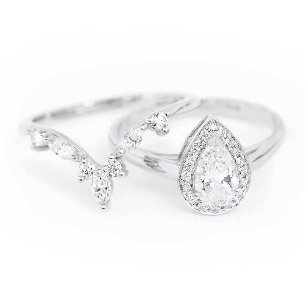 Pear diamond halo With Hermes Nesting Ring, bridal rings set