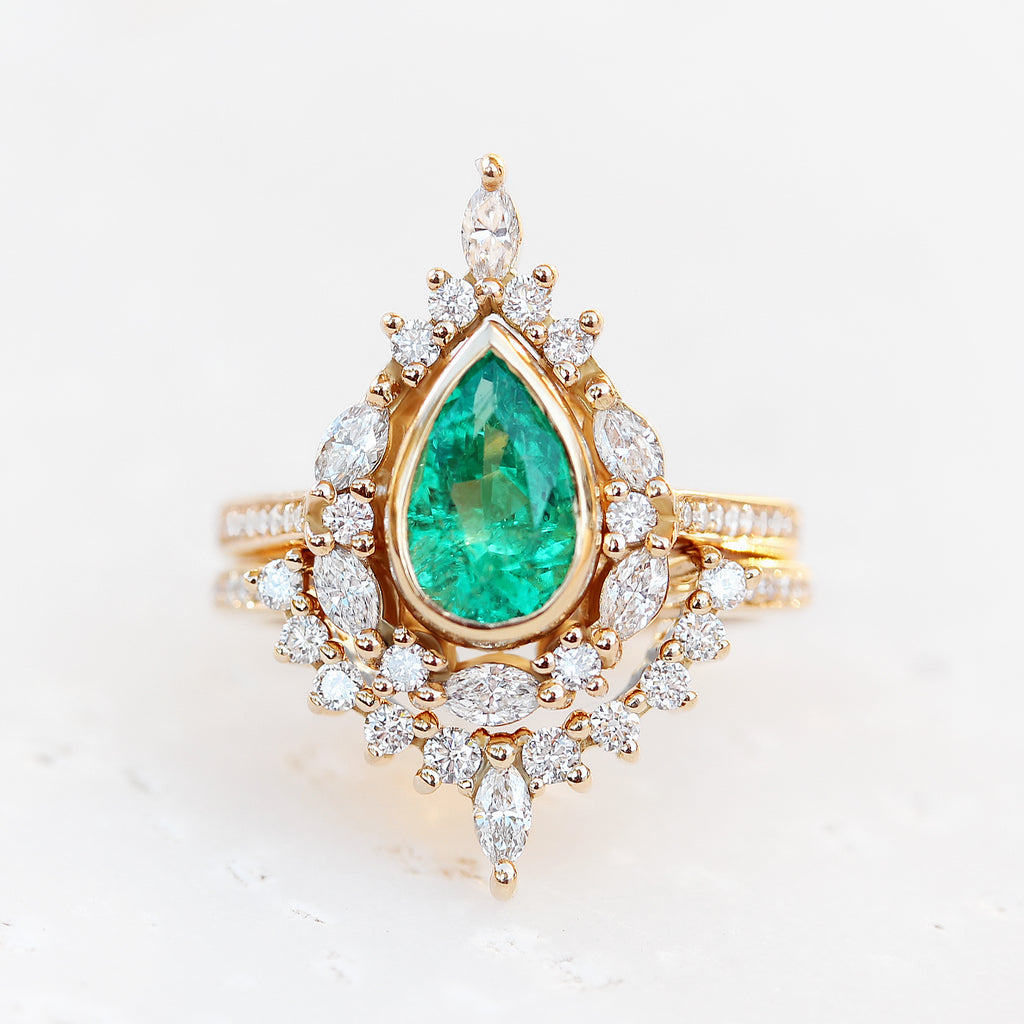 Pear Emerald Unique Engagement Ring Set, Eva - sillyshinydiamonds