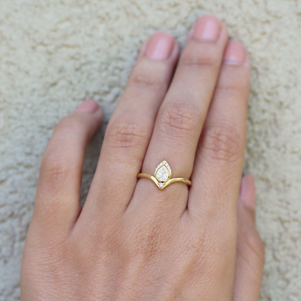 Pear Diamond Engagement Ring, 14K Rose Gold, size 7, Atyasha - sillyshinydiamonds