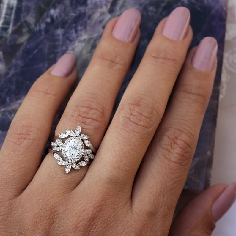 Private listing for Audrey - payment plan, Oval Moissanite & Diamonds Floral three rings set - sillyshinydiamonds