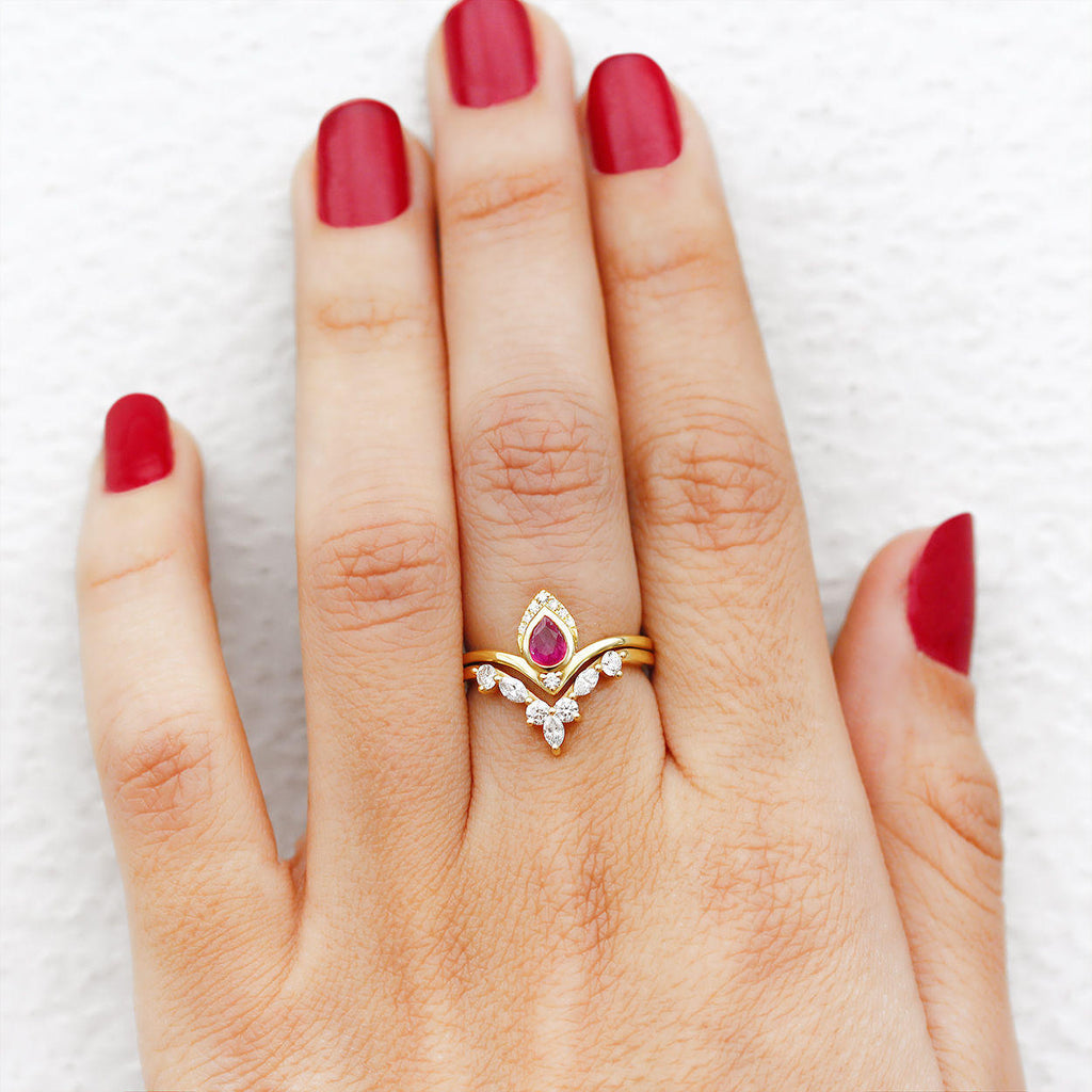 Atyasha & Hermes Pear Ruby & diamonds - engagement rings set