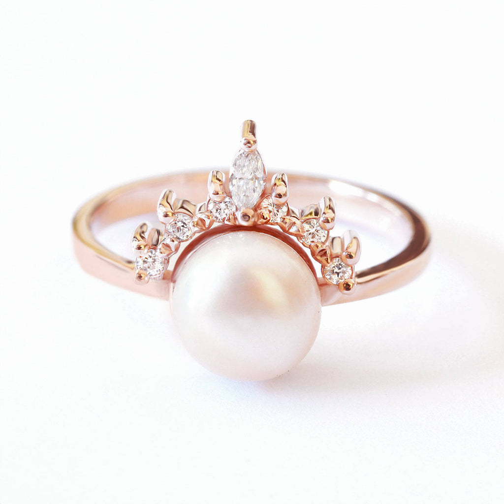 Romi Pearl & Diamonds Ring