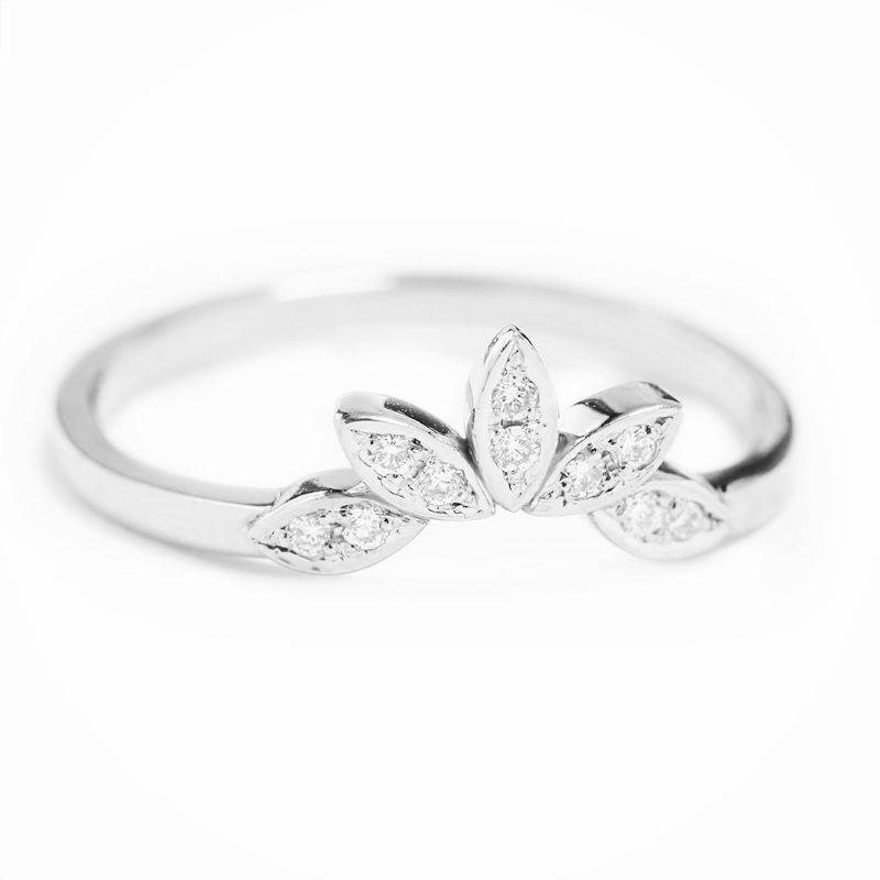 SALE Leaves side band, 14K White Gold 4.75 US Size, Diamond Pave Ring, Gift for Her, Engagaement Ring