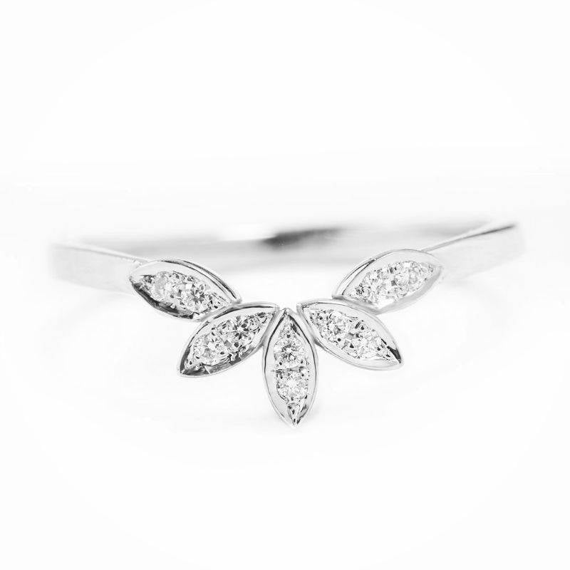 SALE Leaves side band, 14K White Gold 4.75 US Size, Diamond Pave Ring, Gift for Her, Engagaement Ring - sillyshinydiamonds