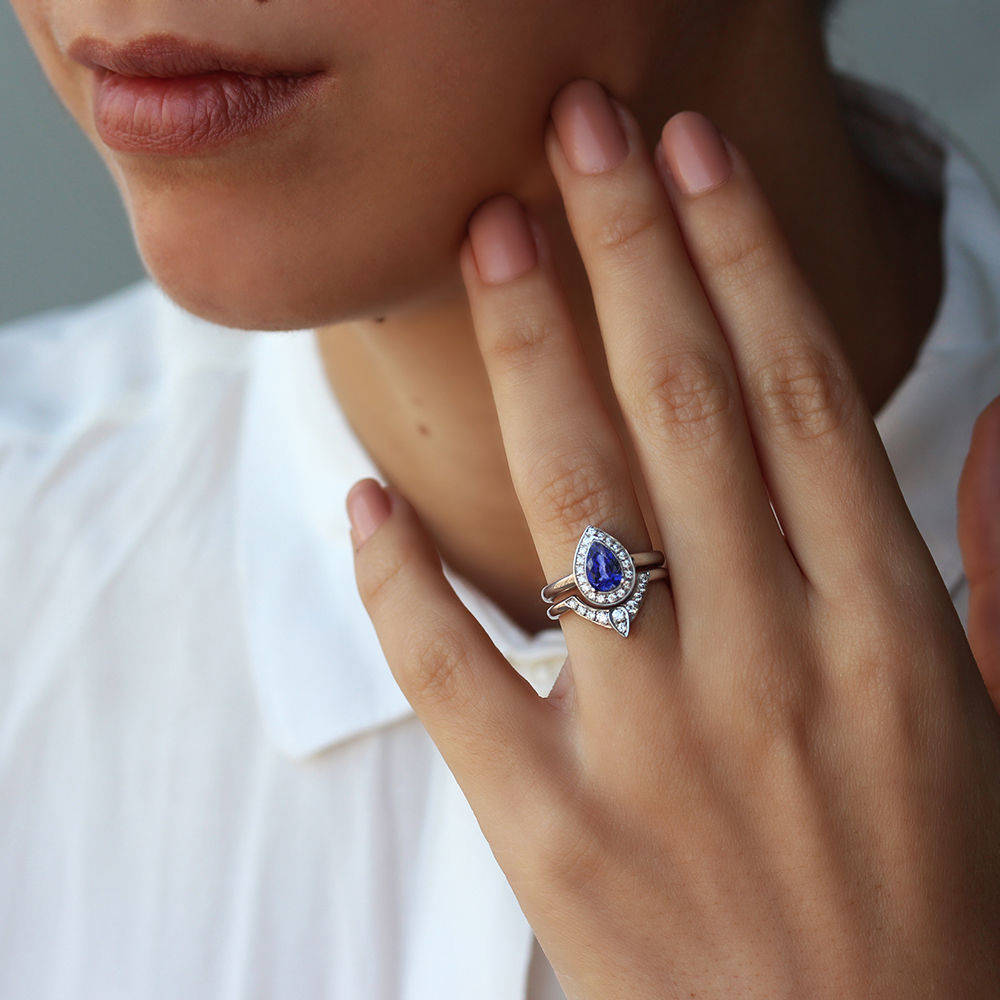 The 3rd Eye - Pear Tanzanite & Diamond Bridal Rings Set - sillyshinydiamonds