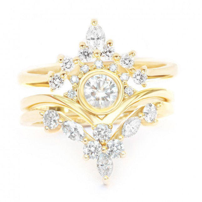 Unique engagement ring set, yellow Gold & Diamonds Three bridal ring set, round & marquise diamonds