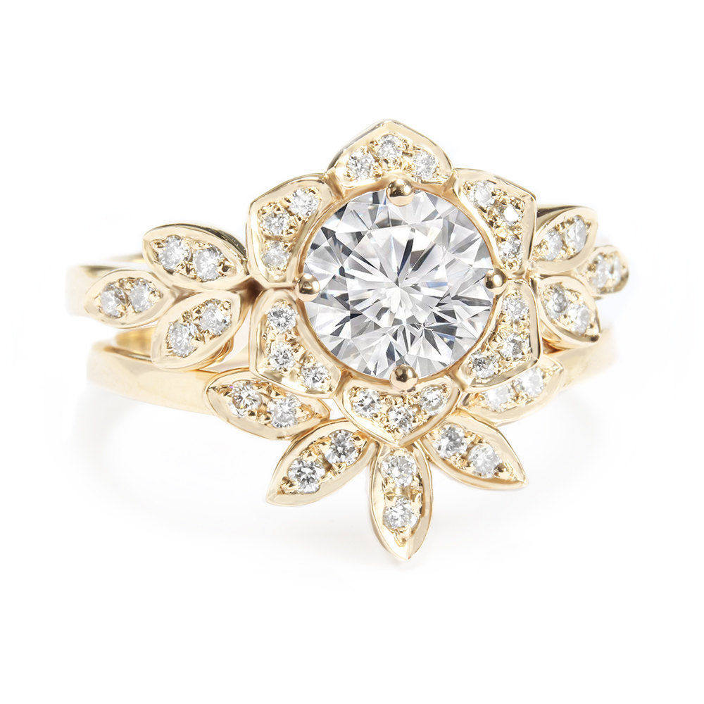 Lily Flower 1.05 carat Diamond Unique Engagement Rings Set