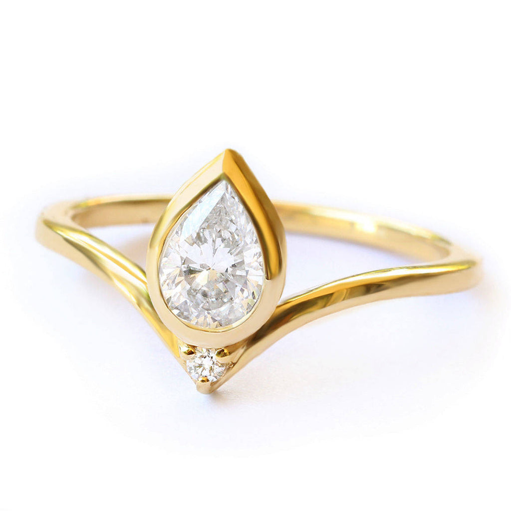 Pear diamond Bindi Engagement Ring - sillyshinydiamonds