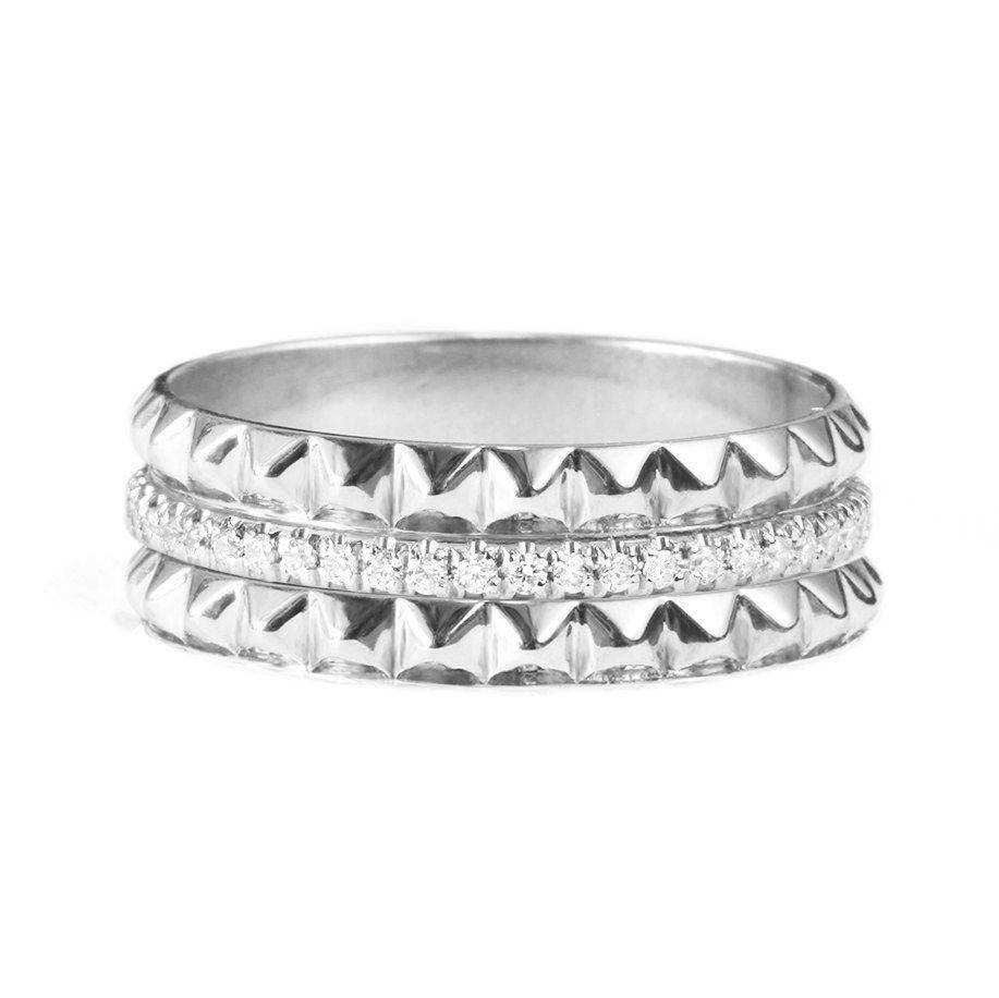 Gold & Diamonds Pyramid Eternity Diamond Ring