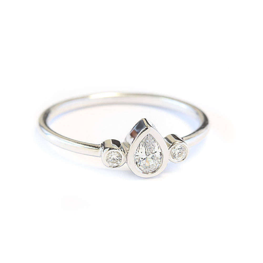 Minimal Pear Diamond Ring Libi - sillyshinydiamonds