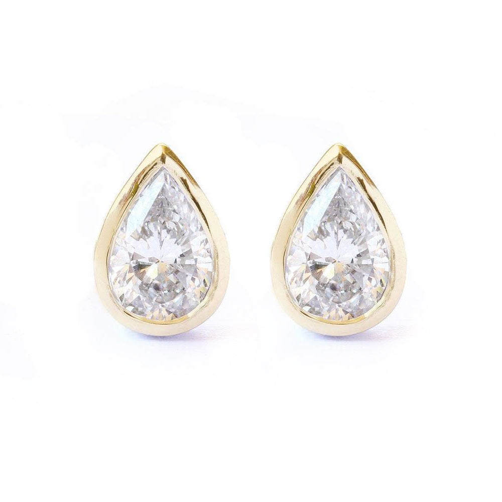 Pear diamond dainty stud earrings