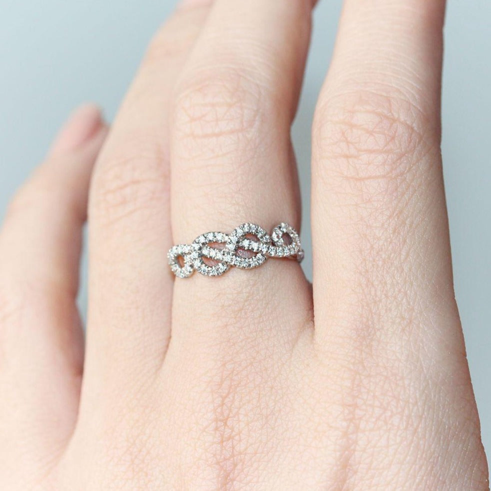 Curly Infinity Knot Unique Diamond Ring