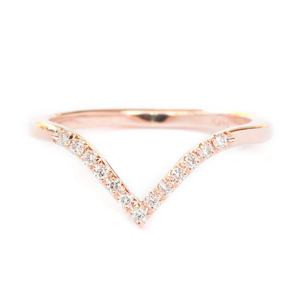 Deep Chevron V Diamond Ring