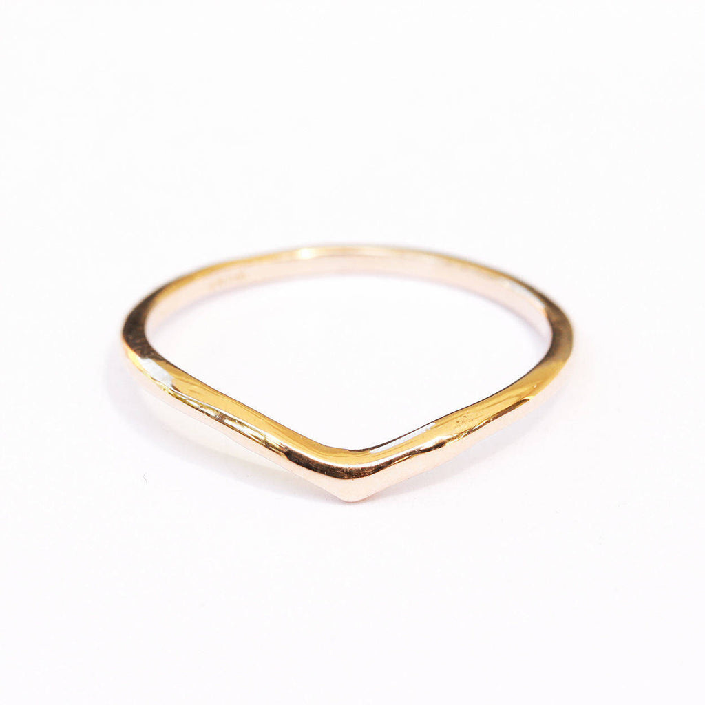 Dainty Gold V Ring - sillyshinydiamonds