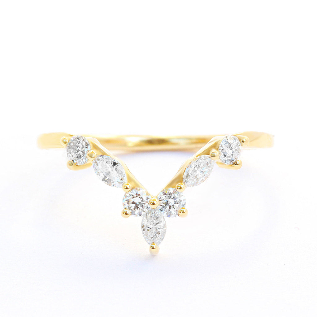 Hermes 18K Gold Chevron Diamond V Ring - sillyshinydiamonds