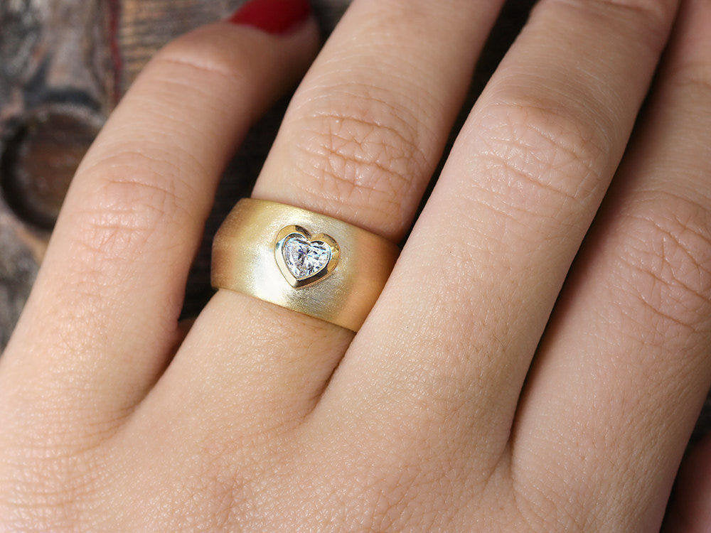 Tal - Heart Diamond & Gold Wide Statement Ring