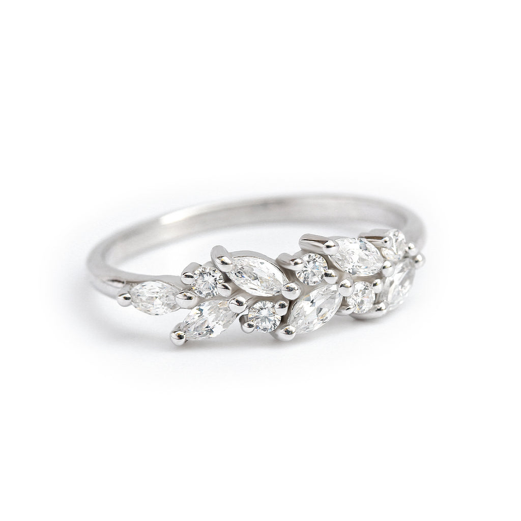 Marquise & round diamonds wedding band, Wheat