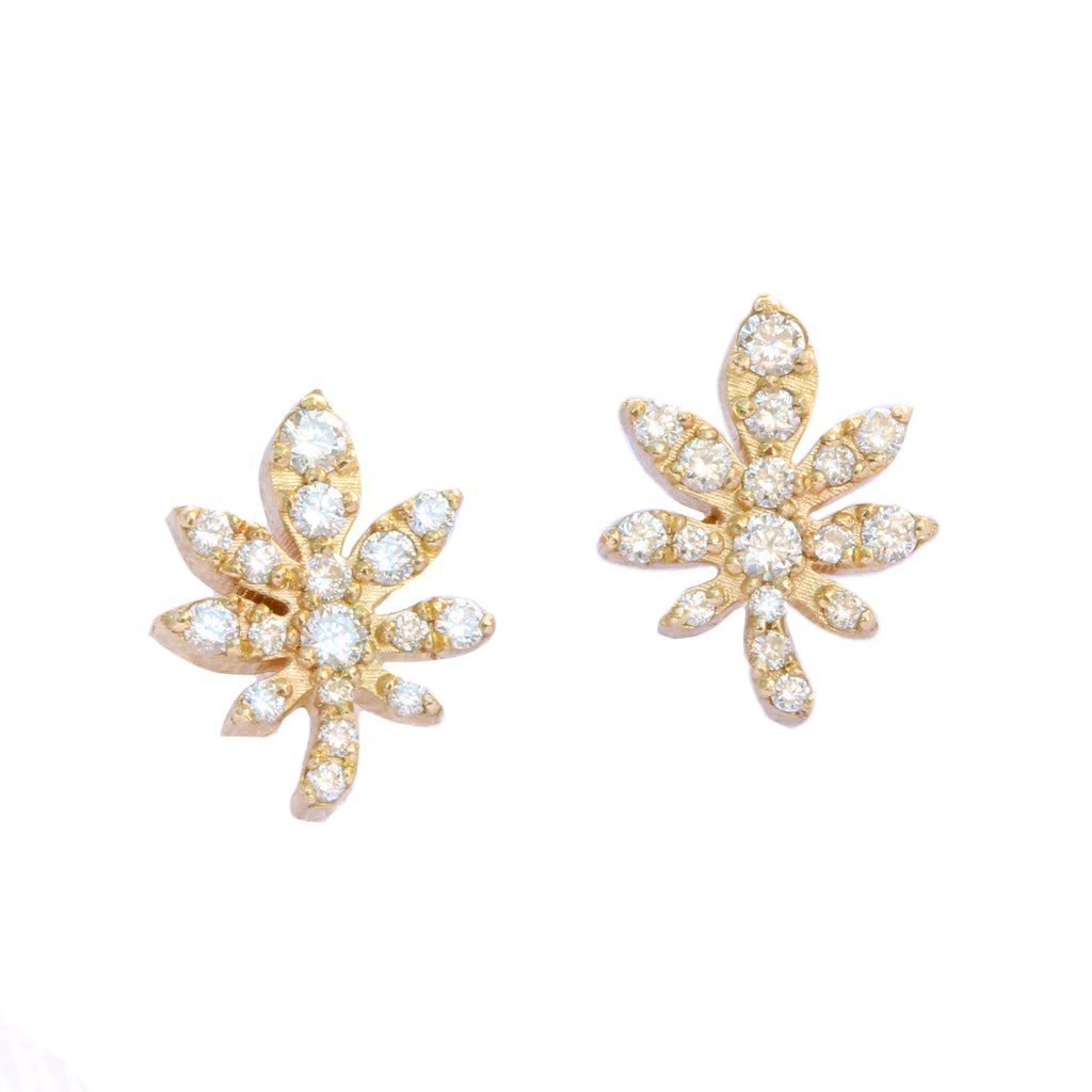 Magic Leaf, Gold & Diamonds Stud Earrings.