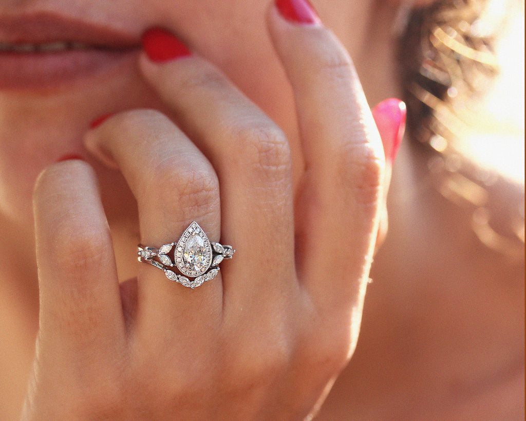 Muse Unique Pear Moissanite Engagement Rings Set - sillyshinydiamonds
