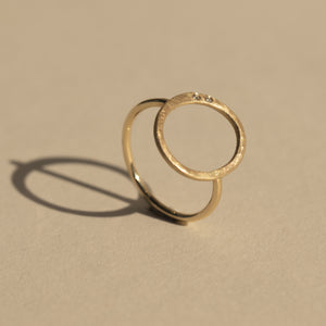 GELO 14k Gold Circle Ring