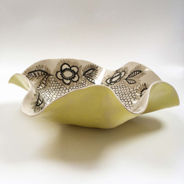 Yellow & Lace Oyster Dish