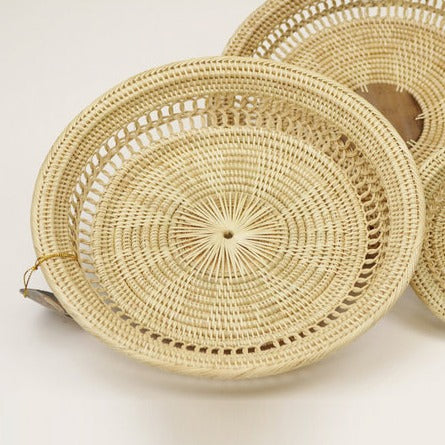 Round Table Tray w/ Palm Leaf Center