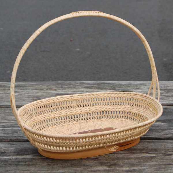 Oval Fruit Basket w/ Exotic Handle