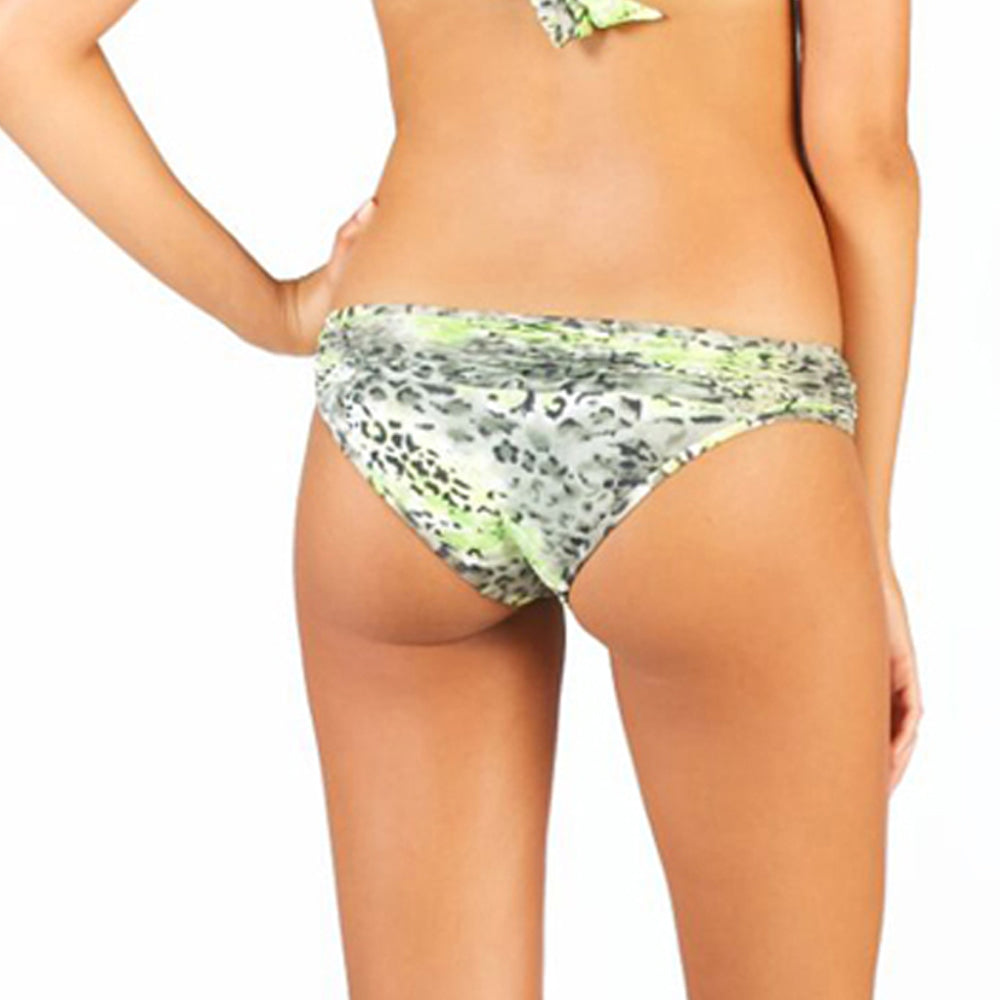 Black Sea Lizert Palermo Ruffle Bottom