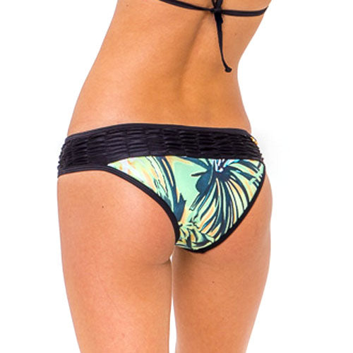 Alameda Night Palermo Ruffle Bottom