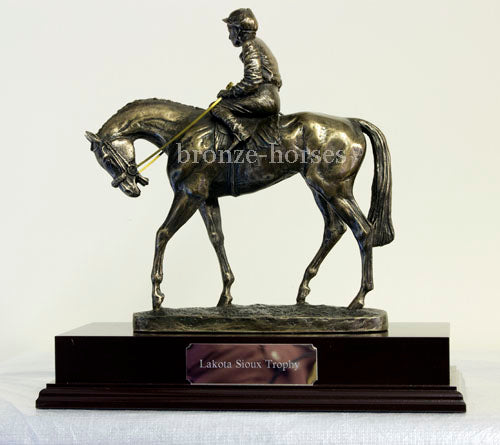 Derby Day Cold Cast Bronze Horse Racing Sculpture / Trophy / Gift
