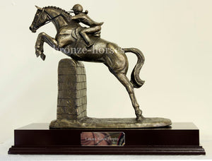 Lady Showjumper Bronze Equestrian Showjumping Trophy